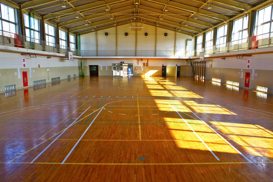 宜野湾勤労者体育センター