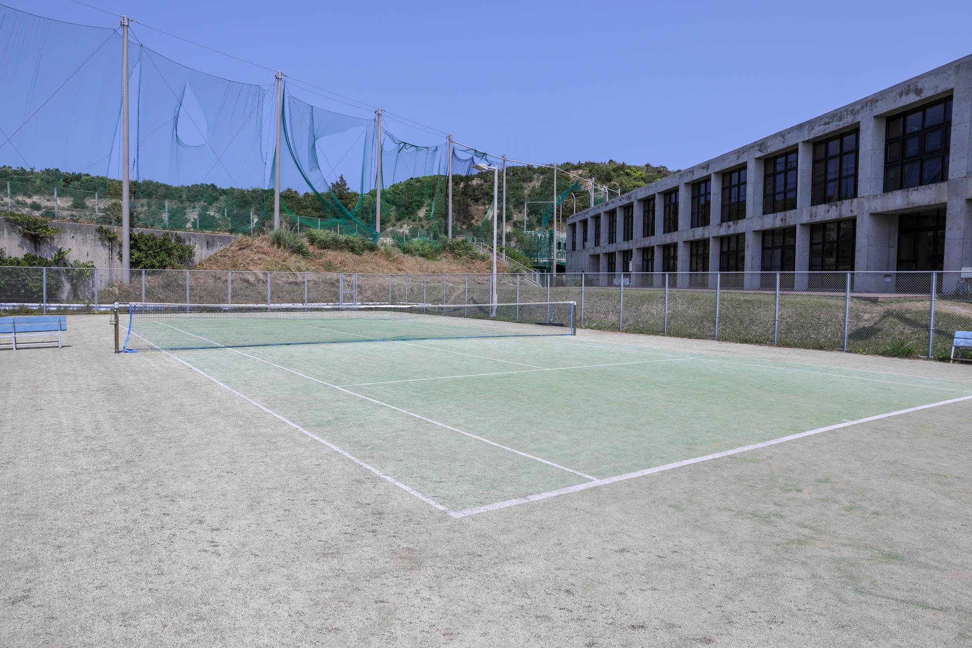 国立沖縄青少年交流の家 テニスコート