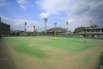 奥武山庭球場(奥武山公園内)