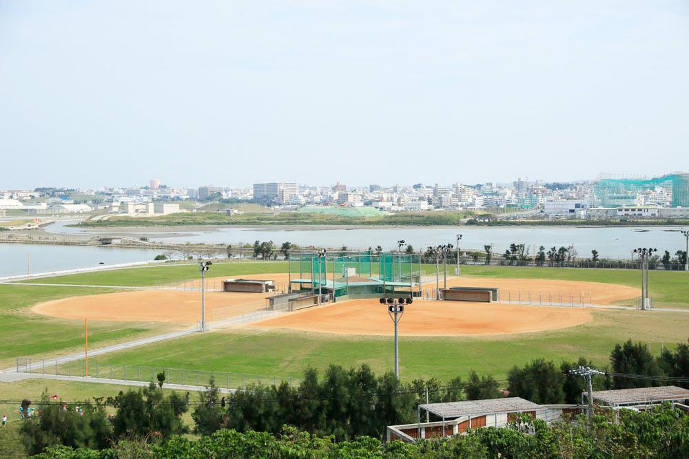 瀬長島野球場