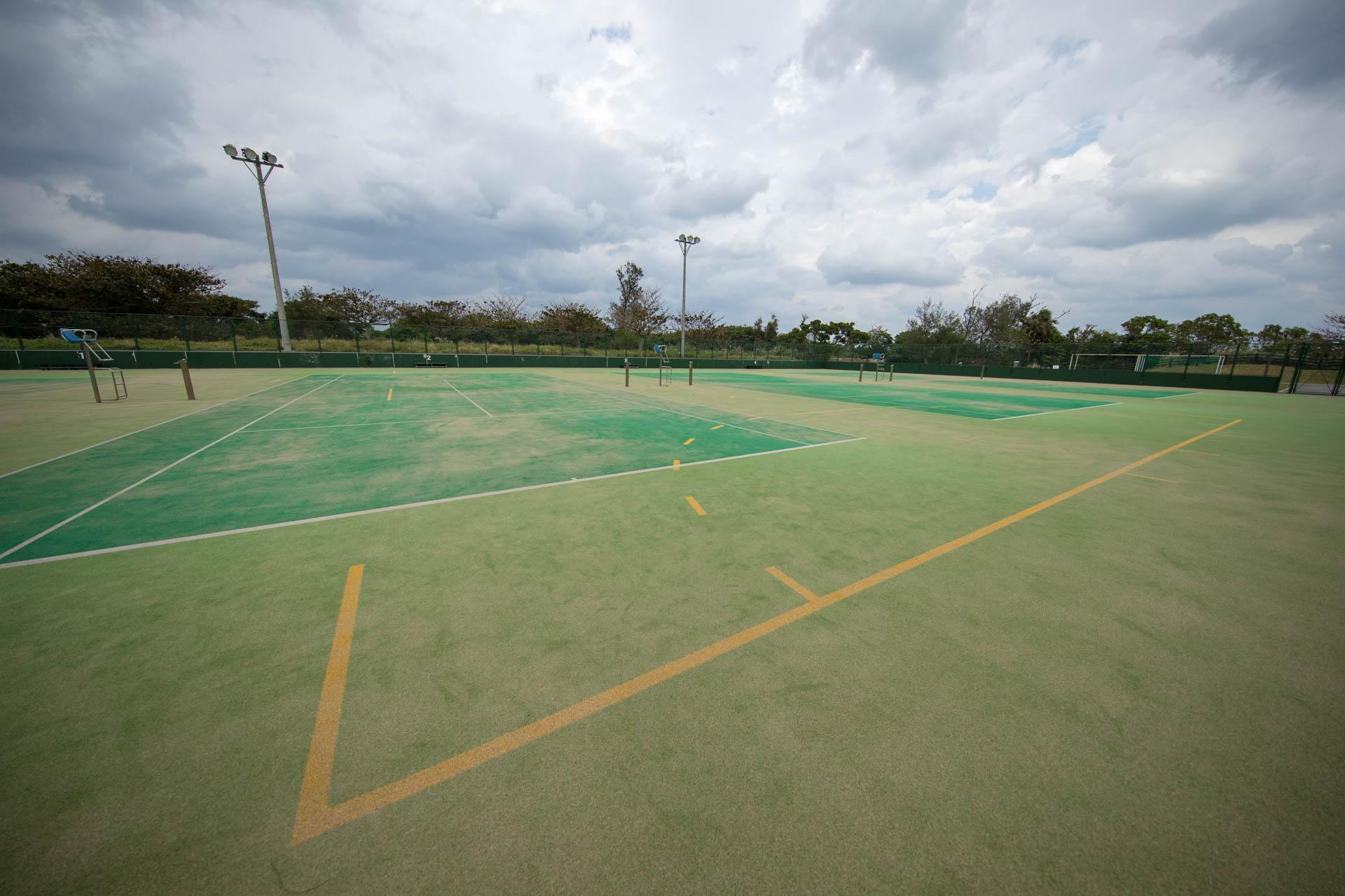 今帰仁村総合運動公園 テニスコート