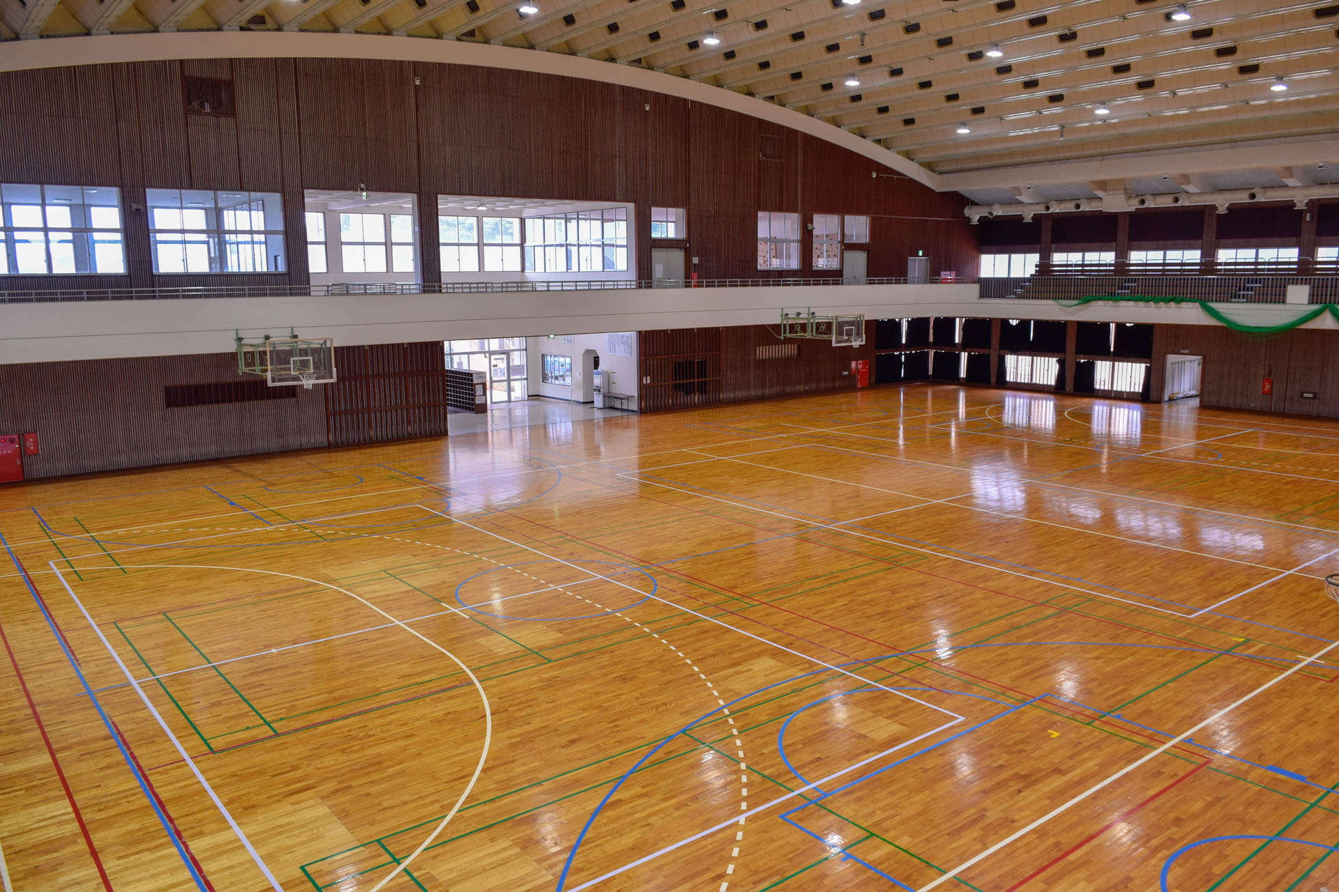 具志頭社会体育館