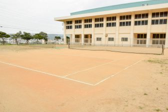 Gushikami Kaisha Gymnasium Tennis Court