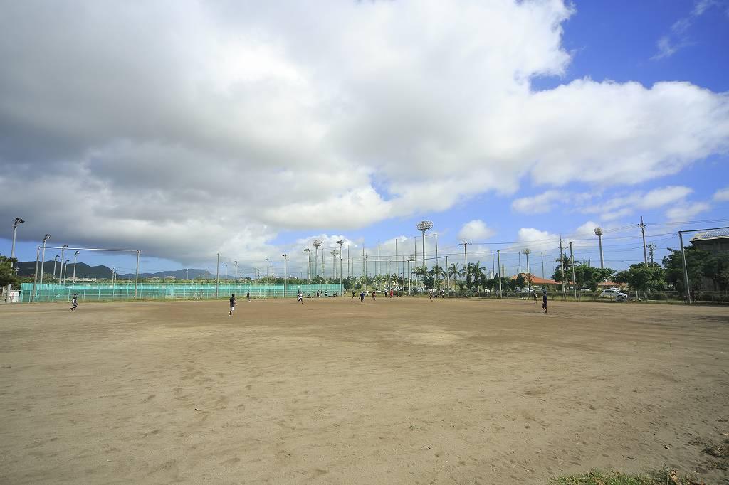 石垣市中央運動公園多目的広場